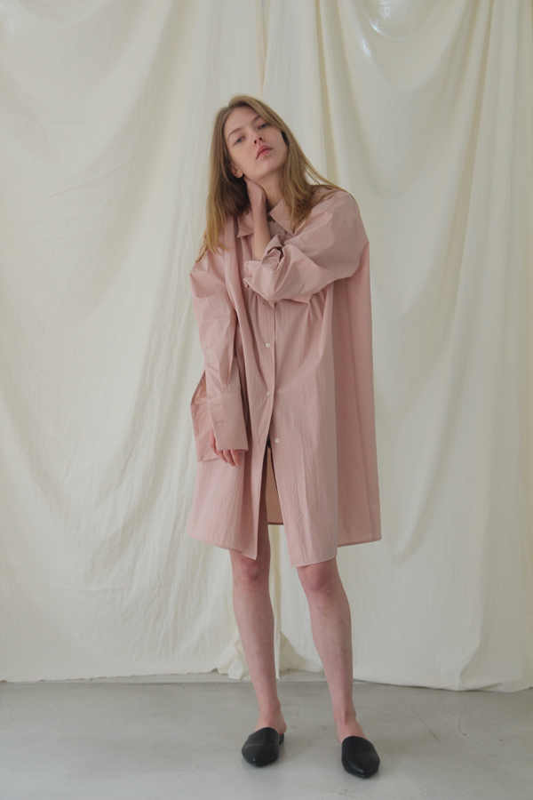 [예약배송] OVER CUFFS LONG SHIRT - PINK