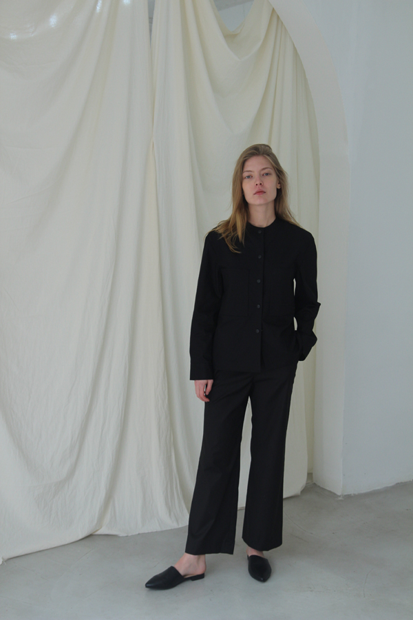 [예약배송] STRAIGHT-FIT TROUSER - BLACK
